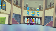 Sunset introduces the Dazzlings to CHS EG2