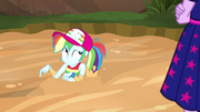 Rainbow looks guiltily in corner of her eye EGSB