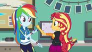 Rainbow Dash giving memory card to Sunset EGFF