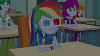 Rainbow Dash watching movie in boredom EGDS22