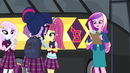 Sci-Twi walking toward Dean Cadance EG3