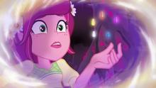 EG4 Gloriosa znajduje magiczne kryształy