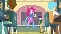 Pinkie Pie running EG