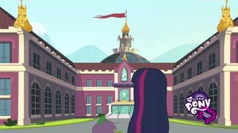 Equestria Girls Conoce a Rainbow Dash