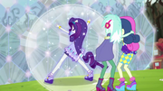 Rarity ponies up as she saves Lyra and Sweetie Drops EG4