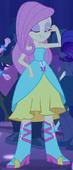 EG Fluttershy w sukni na Jesienny Bal