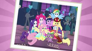 EG Grupowe zdjęcie głównych bohaterek i Spike'a na balu