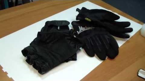 Сравниваем перчатки. Mechanix. И штурм.