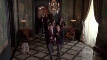 Place 2x16 dalton academy hallway klaine warblers