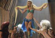Britney-brittany-glee-heather-morris-snake-500