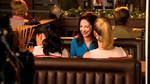 GLEE - Glee Welcomes Gloria Estefan