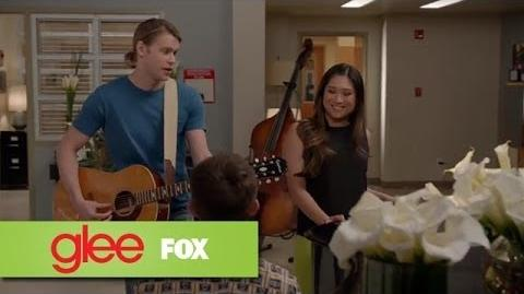 "Full Performance of ""Loser Like Me"" from ""New Directions"" GLEE"
