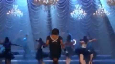 Glee - Starships-0