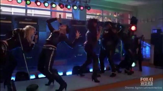 Glee Start Me Up Livin' On A Prayer Season 2 HD