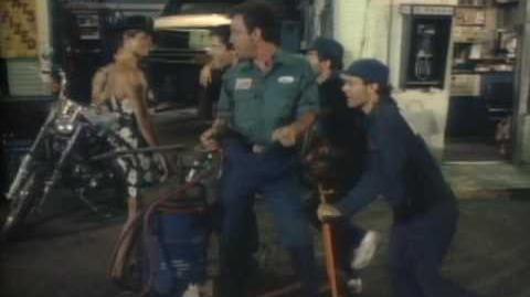Billy Joel - Uptown Girl-0