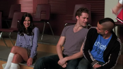 Rachel, Will y Puck Bust a Move