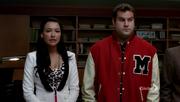 Glee-2x18-santana-karofsky-cap-15