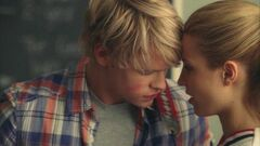 Sam a punto de besar a Quinn.