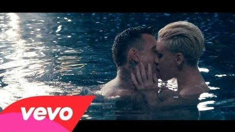 P!nk - Just Give Me A Reason ft
