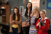 Marley, Santana, Quinn y Kitty Thanksgiving