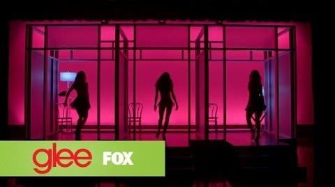 "Full Performance of ""Toxic"" from ""100"" GLEE-0"