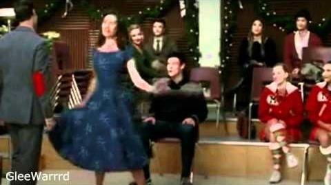 Glee - Extraordinary Merry Christmas-0