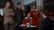 3x14 Kurt, Blaine, Santana, Brittany & Sebastian On My Way