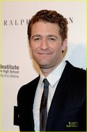 Matthew-morrison-2010-emery-awards-07