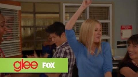 "Full Performance of ""Happy"" from ""100"" GLEE-1"