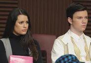 "Kurt consonaldo a Rachel en ""Michael"""