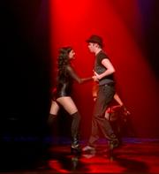 Santana y Rory Cell Block Tango