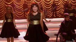 Glee-Thanksgiving-Gangnam-Style-619x350