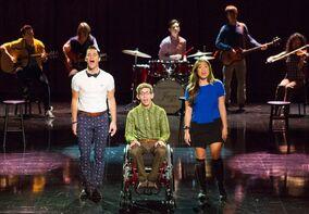 Blaine, Artie y Tina