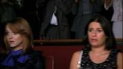 Rachel y Emma en Pilot