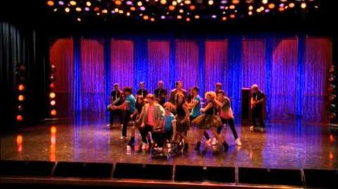 "GLEE - Full Performance of ""I Can't Go For That (No Can Do)"" ""You Make My Dreams"""