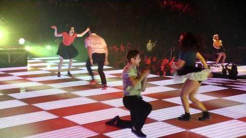 Glee 3D Movie Santana Lopez dances and sings Valerie - a tribute to the late, great Amy Winehouse-0