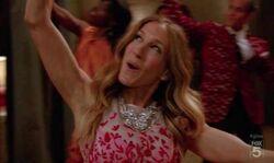 Glee-Lets-Have-A-Kiki-Turkey-Lurkey-Lime-Full-Performance-Video
