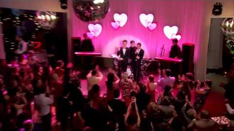 "Sneak Peek ""I Do"" GLEE-0"