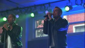 Matt y Puck cantando It's My Life-Confessions Part II