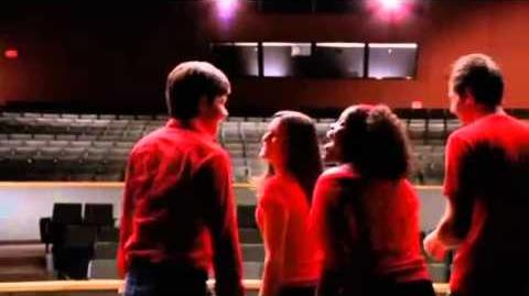 "Glee - Full Performance of ""Don't Stop Believing""-0"