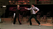 Sue y Will bailando