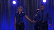 Brittany y Puck Somebody To Love