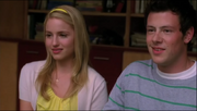 Quinn y Finn Lean On Me