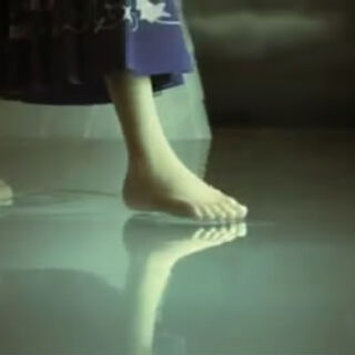 Los pies de Yuna en el trailer de Jump Festa 2011