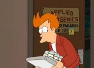 Fry entrando por la puerta
