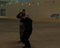 Predicador gritandole a Madd Dogg