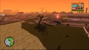 Cazador letal A punto de destruir el helicóptero