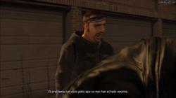 Jim hablando de los policías