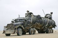 Mad-Max-Fury-Road-War-Rig