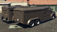 RCV y vehículo antidisturbios comparación atrás